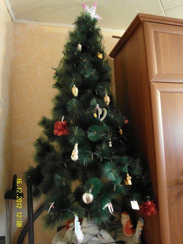 Пошаговое фото украшения елки искусственные