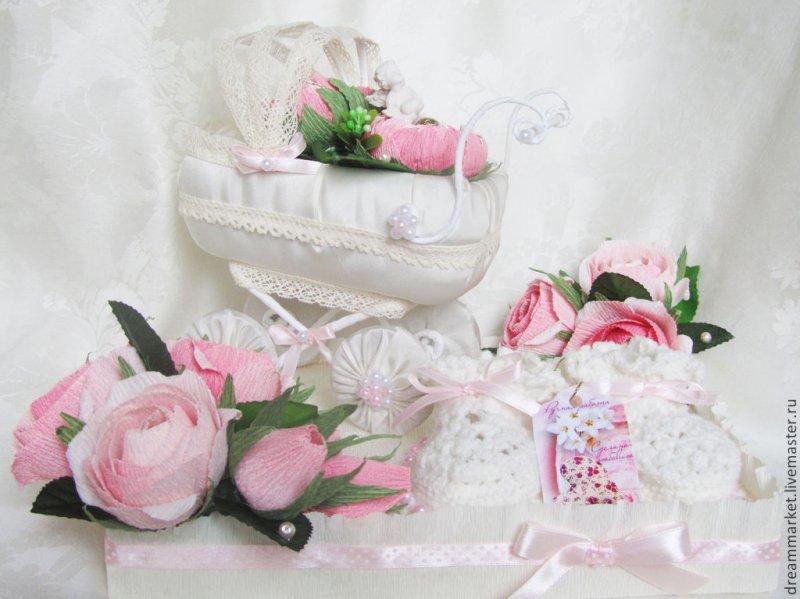 Нежная открытка с рождением доченьки